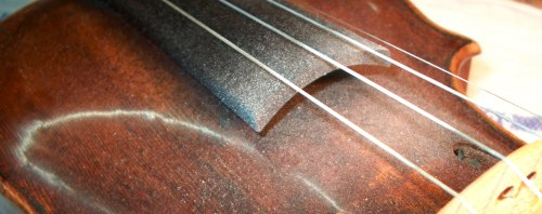 Bow rosin on a violin
